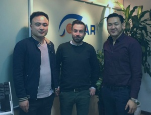Jens Behling und Geschäftspartner aus China